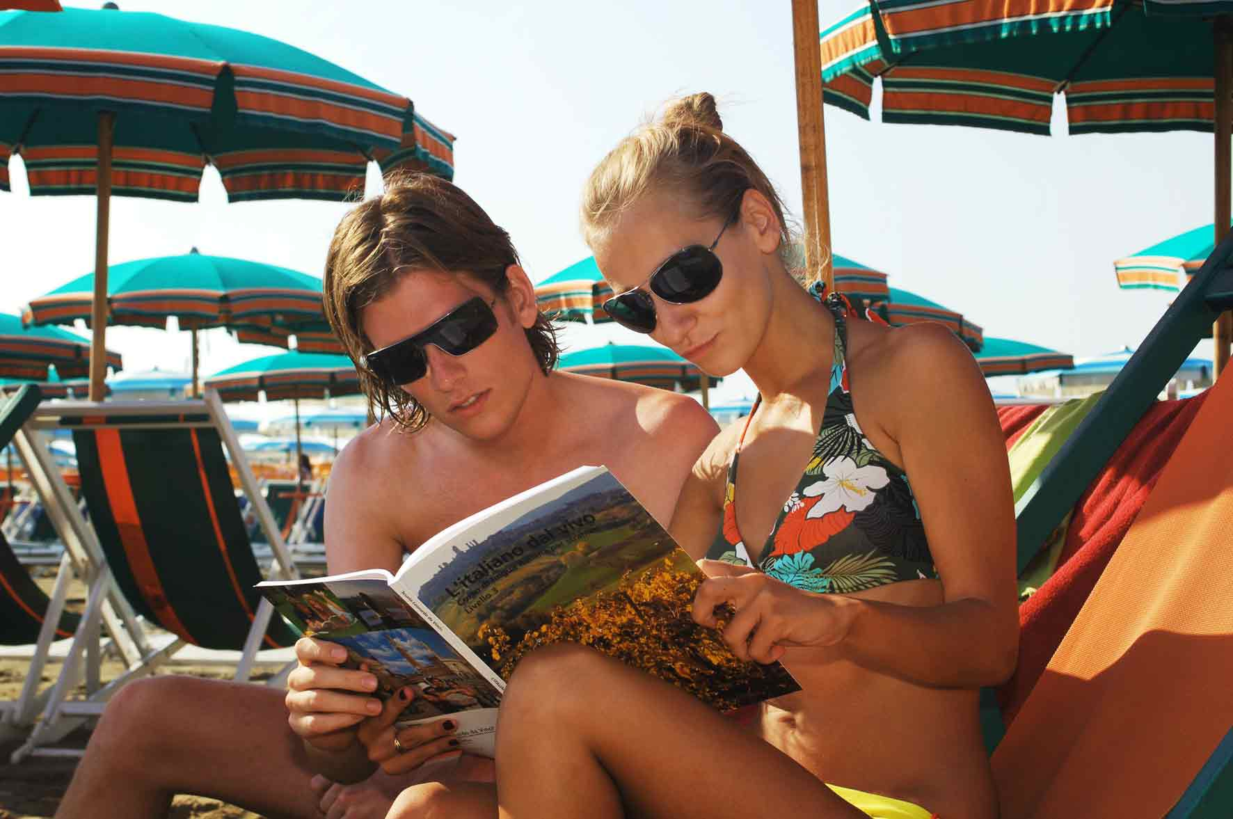 students_on_the_beach