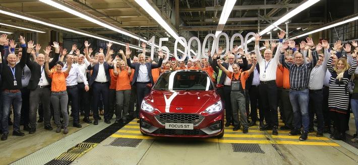 Masse mit Klasse: Im Ford-Werk Saarlouis läuft das 15-millionste Auto vom Band