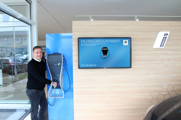 Cyril von Recum von BMW EULER GROUP aus Frankfurt stellt die Weichen in Richtung Elektromobilität