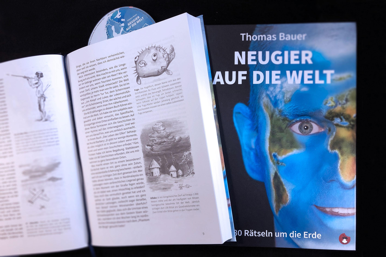 2_Zeichnungen_CD_Buch.jpg